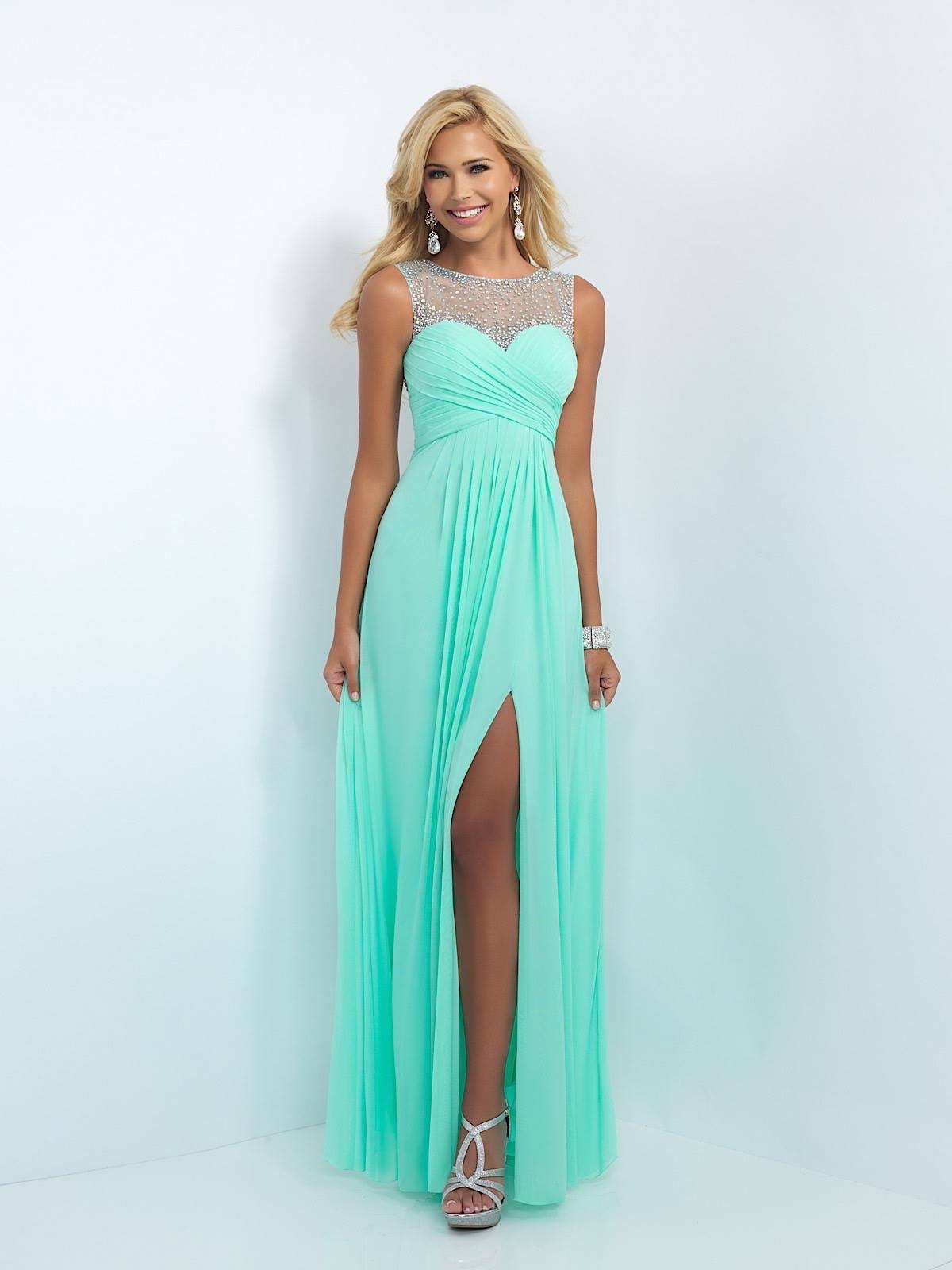 Beautiful And Affordable Formal Dresses Are Designed And Created In ...